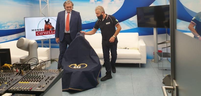 """BAC Technology si presenta in Telelombardia - """"Mondo Cavallo"""""""